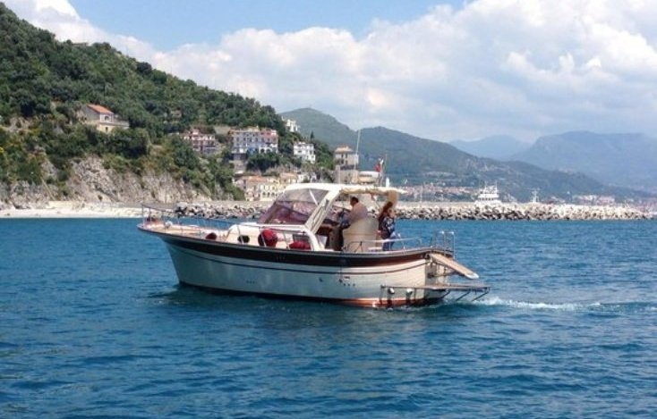 Boat tours to Capri, the Amalfi Coast and Cilento Coast